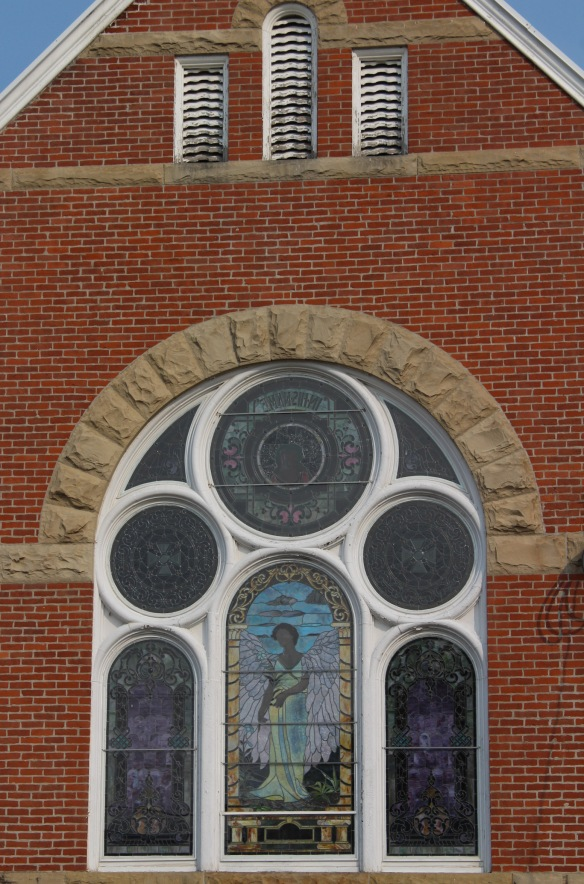 a presbyterian church in frankfort (1)